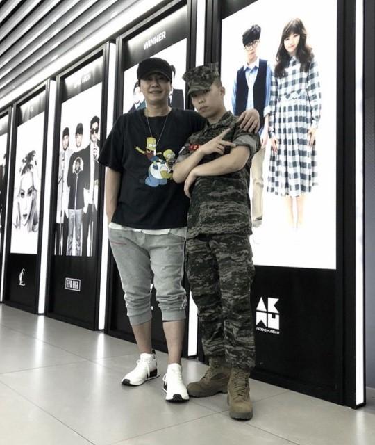 악재 겹친 YG지만…악동뮤지션 이찬혁 해병대 군가 헌정