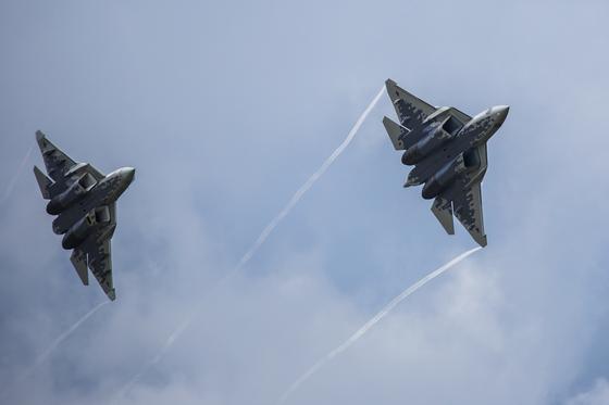러시아의 첫 5세대 전투기 Su-57, 첫 기체 배치 시기를 예측할 수 없다. [사진 : 러시아 국방부]