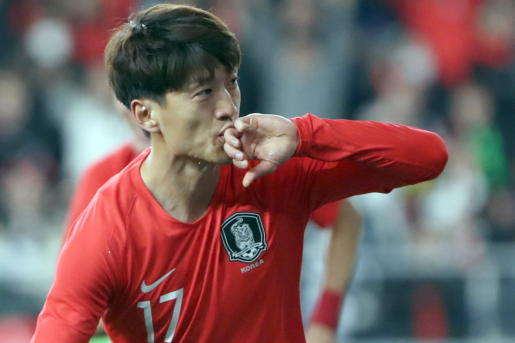 22일 울산 문수경기장에서 열린 대한민국과 볼리비아의 축구 평가전에서 이청용이 골을 넣고 세리머니를 하고 있다. [연합뉴스]