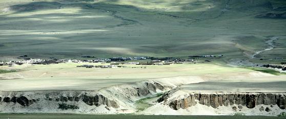 티베트의 겨울 풍경'[중앙포토].