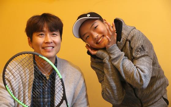 많은 한국 중학교 여자 테니스 선수들이 수비위주 경기를 펼치지만 이재아는 아빠처럼 닥공을 구사한다. 이재아는 2016년 6월 제46회 회장배 전국여자테니스대회, 그해 7월 제51회 전국주니어테니스선수권대회 여자 10세부 우승을 차지했다.오종택 기자