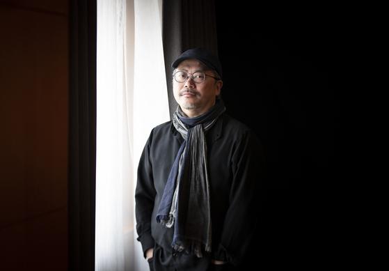 창극 '패왕별희'의 의상 디자인을 맡은 예진텐. 영화 '와호장룡'으로 2001년 아카데미 미술상을 받은 디자이너다. 권혁재 사진전문기자