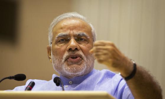 2014년 집권한 인도의 나렌드라 모디 총리는 올해 4~5월 열리는 총선에서 연임을 노린다. [AP=연합뉴스]