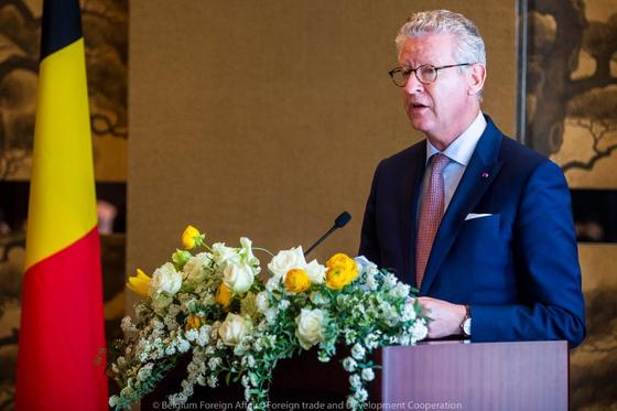 지난달 필리프 벨기에 국왕과 함께 방한한 피터 드 크렘 행안부 장관. [주한벨기에대사관]