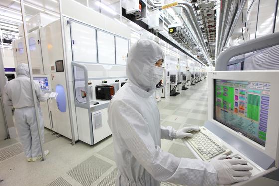 경기도 평택에 있는 삼성전자 반도체 생산라인. [중앙포토]
