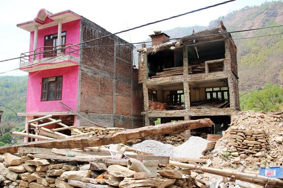 네팔대지진 1년 후인 2016년의 신두팔초크 모습. [사진 월드비전]