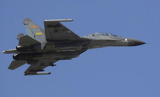 중국의 전투기 J-11