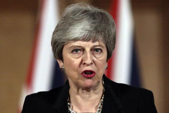 지난 2일 테리사 메이 영국 총리는 브렉시트 시기의 추가 연기를 유럽연합(EU)에 요청하기로 했다. [AP=연합뉴스]