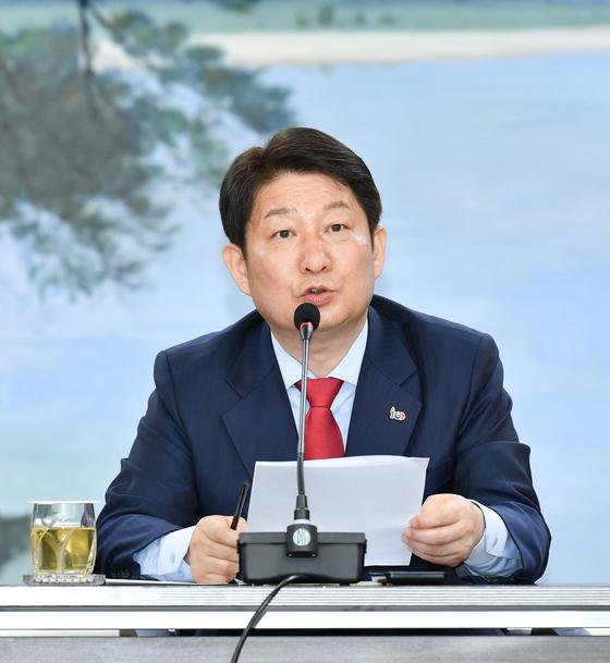 기자회견 중인 권영진 대구시장. [사진 대구시]