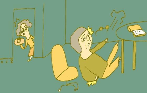 골다공증 환자는 약한 충격에도 골절되기 쉽다. [중앙포토]