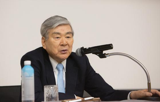 조양호(70) 한진그룹 회장이 8일(한국시간) 오전 미국에서 숙환으로 별세했다. [사진 대한항공 제공]