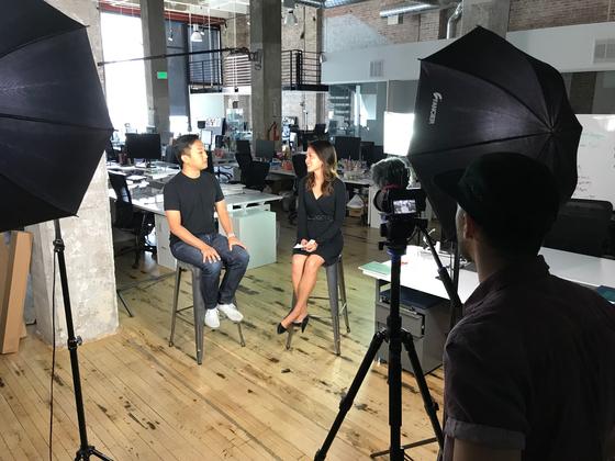 실리콘밸리에서 근무 중인 하형석 대표는 한국을 비롯해 글로벌 전역에 흩어져 있는 직원들에게 직접 메시지를 전하기 위해 직접 동영상에 출연한다. [본인 제공]