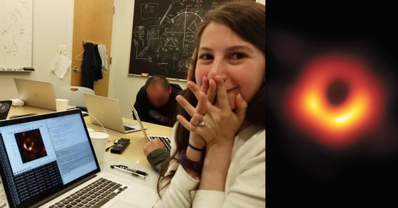 초대질량 블랙홀 M87의 모습(왼쪽)과 블랙홀 촬영 기술에 기반을 제공한 MIT박사과정 생 케이티 보우만. [EHT, 케이티 보우만 페이스북 캡처]