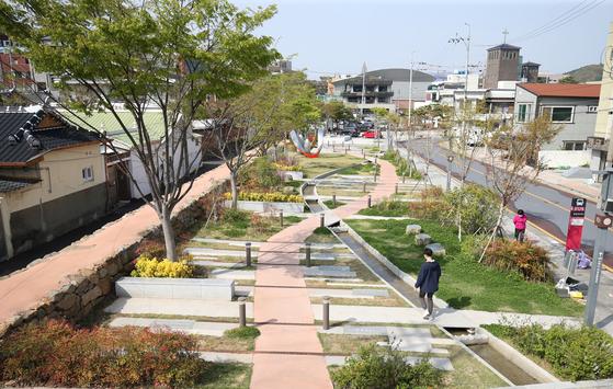 전남 순천시 문화의 거리 내 서문터정원. 도시재생사업의 일환으로 조성했다. 프리랜서 장정필