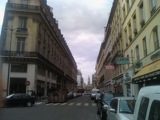 오늘날의 쇼셰 당탱 거리. 쇼팽은 파리에서 안정을 찾자 당시 고급 거주지였던 이 거리로 거처를 옮겼다. [사진 Wikimedia Commons (Public Domain)]