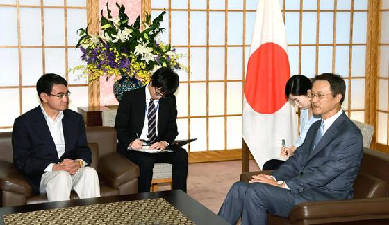 고노 외상 일본산 식품 안전 인정됐다...한국에 협의 요청할 것