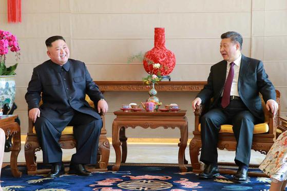 시진핑, 北 김정은 위원장에 열렬히 축하 축전