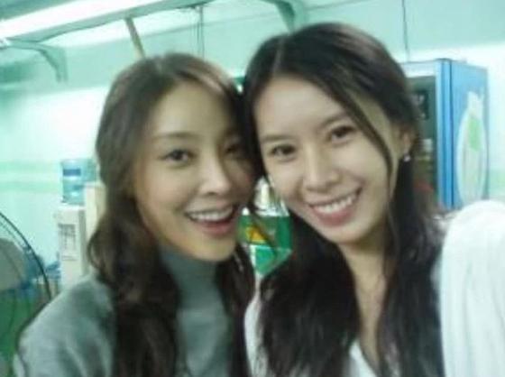 배우 고(故) 장자연씨(왼쪽)와 윤지오씨. [사진 윤씨 인스타그램]