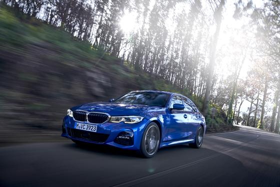 7세대를 맞은 BMW 뉴 3시리즈는 여전히 D세그먼트 프리미엄 세단 최강자의 자격을 갖췄다. [사진 BMW코리아]
