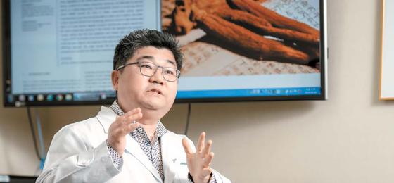 이승호 소장은 이번 연구가 홍삼을 바르면 피부 트러블 등을 개선한다는 것을 확인했다는 점에서 의미가 크다고 강조했다. 프리랜서 김동하