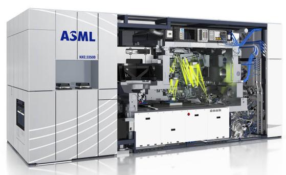 ASML의 EUV 노광장비. EUV 장비는 네덜란드 ASML이 전 세계에서 유일하게 생산한다. [사진 ASML 홈페이지]