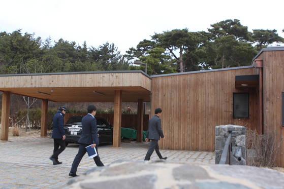 안희정 전 충남지사 관사. 양승조 지사는 이곳을 24시간 어린이집으로 리모델링해 오는 23일부터 운영한다. [연합뉴스]