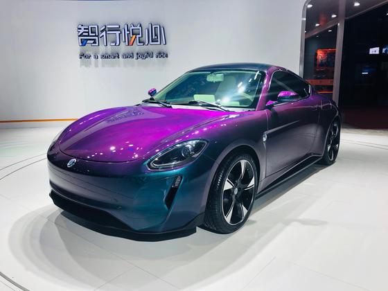 종합 물류·건설회사가 모기업인 전기차 스타트업 지드라이브가 상하이모터쇼 2019에서 새 전기차 GT3를 소개했다. 오원석 기자