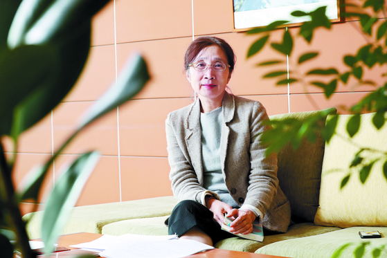 """양현아 교수는 '새로운 페미니스트 세대가 낙태죄 폐지를 적극적으로 의제화한 것이 헌재의 헌법불합치 결정을 이끌어 냈다""""고 말했다. [우상조 기자]"""