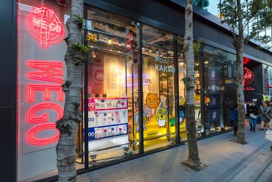 카카오프렌즈의 일본 위고(WEGO) 하라주쿠 1,3,5 다케시타도오리 매장          [사진 카카오IX]