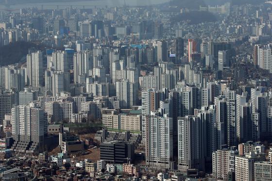 지난 2월26일 서울 시내 아파트 단지들 [연합뉴스]