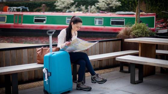 유럽을 여행할 때는 트렁크를 기차 역에 맡기면 한결 편해진다. 유레일패스 소지자는 수화물 보관소 '스태셔' 이용료를 할인해준다. [사진 유레일]
