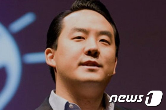 지난 2월 22일 발생한 스페인 주재 북한대사관 괴한 침입 사건 용의자 '에이드리언 홍 창'.자유조선의 리더로 알려져 있다. [AFP=뉴스1]