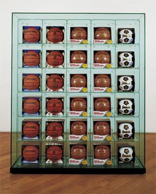 미국의 현대 미술가 제프 쿤스의 대형 설치 작품