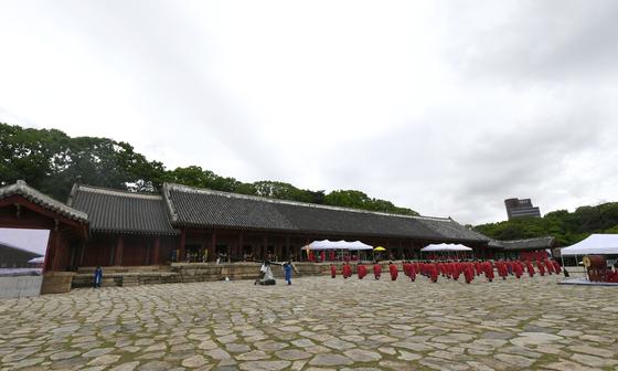 2018년 종묘대제가 열리고 있는 종묘 정전 풍경. [사진 문화재청]
