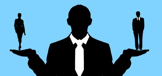 '같은 사업장에서 같은 일을 할 경우 같은 임금을 지급한다'는 구 남녀고용평등법에서 처음 명시된 후 30년간 이어진 '동일가치노동 동일임금원칙'이다. [사진 pixabay]