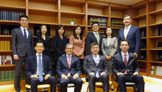 법무법인 광장은 국제통상팀과 국제통상연구원이라는 '투트랙' 전략으로 국제통상 환경 변화에 대응하고 국내 기업들을 지원하고 있다. [사진 광장]