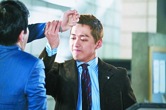 '김과장'에서 코믹 연기를 선보인 남궁민. 사이다 대사와 연기로 화제를 모았다. [사진 KBS]