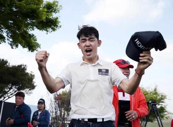28일 KPGA 코리안투어 전북오픈에서 우승한 김비오. [사진 KPGA]
