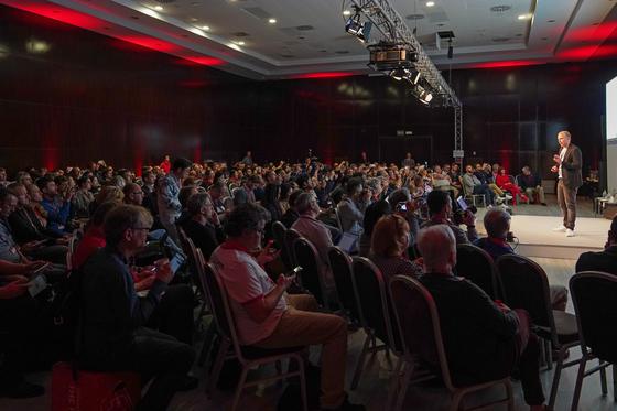 IFA-GPC에서 열린 파워브리핑 세션에는 전세계 55개국에서 300여명의 기자들이 참석했다. [사진 IFA]