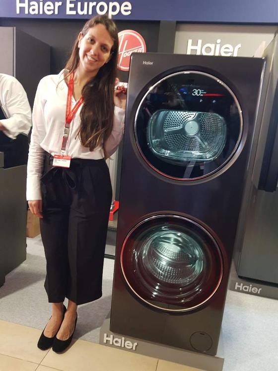 중국의 하이얼이 IFA-GPC에서 공개한 세탁기와 건조기 일체형 제품. 우엘바=박태희 기자