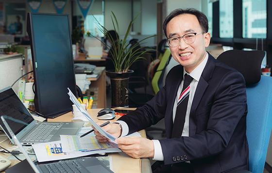 삼성화재 김주원 RC는 지식과 정보, 전문적인 일 처리로 고객 만족도를 높이고 있다. [사진 삼성화재]