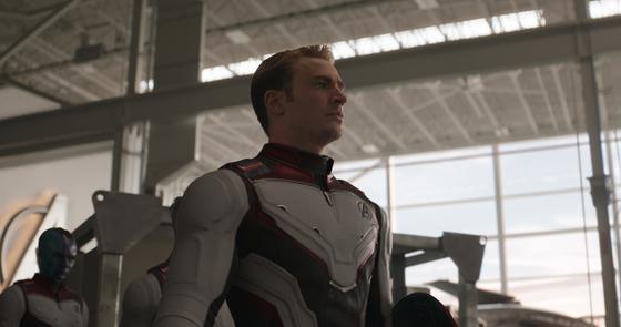 영화 '어벤져스:엔드게임'의 캡틴 아메리카(크리스 에반스). [사진 월트디즈니컴퍼니 코리아]