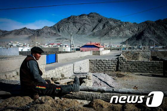 흑사병으로 격리된 몽골 바얀올기 지역. [AFP=뉴스1]
