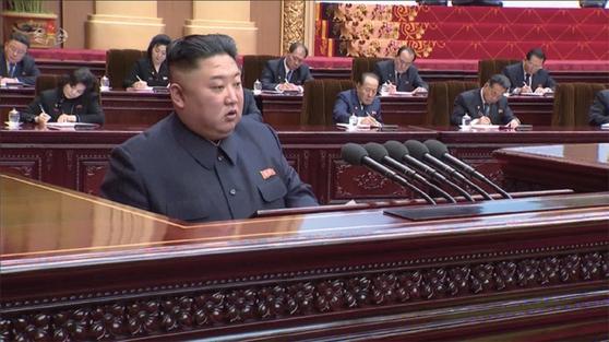 김정은 북한 국무위원장은 4월 12일 시정연설에서 문 대통령의 중재자 외교를 비판했다. / 사진:연합뉴스