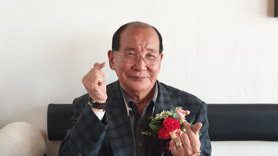 지난 8일 오후 '할담비' 지병수(76)씨가 인터뷰를 하고 있다 [김태호 기자]