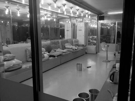 철거 전인 지난 1월 옐로하우스 내부 모습. 최은경 기자