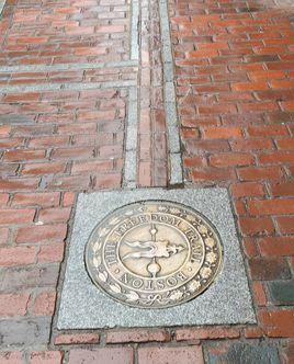 보스턴 도심에 4km 이어진 프리덤 트레일. 미국 독립의 흔적이 서린 길이다. 강현효 기자