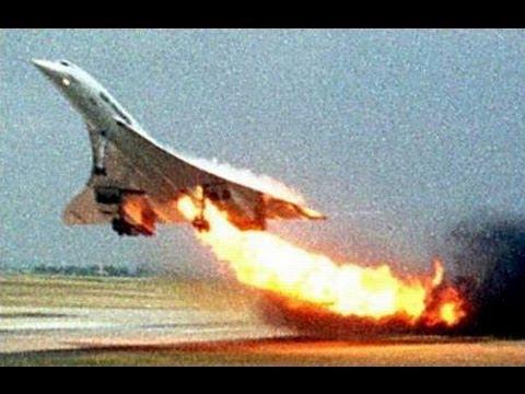 이륙하던 콩코드기에 불이 붙은 장면. [사진 위키피디아]