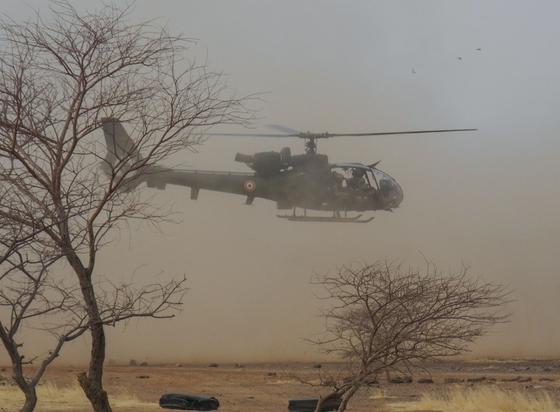 서아프리카 말리에서 작전 중인 프랑스군의 헬리콥터 가젤. [AFP=연합뉴스]