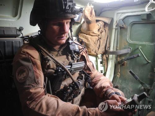 아프리카 말리에서 작전 중인 프랑스군 병사. [AFP=연합뉴스]